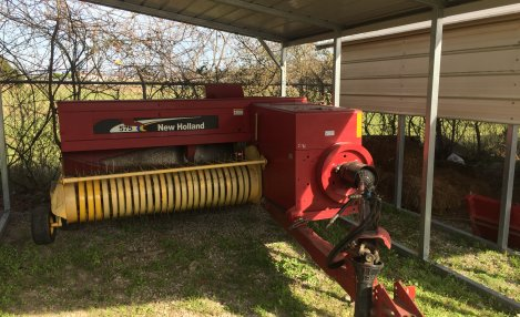 New Holland 575 Baler, Hyd. Swing